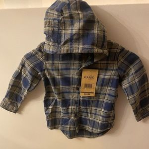 Classic Rugged wear infant Hooded plained shirt .4